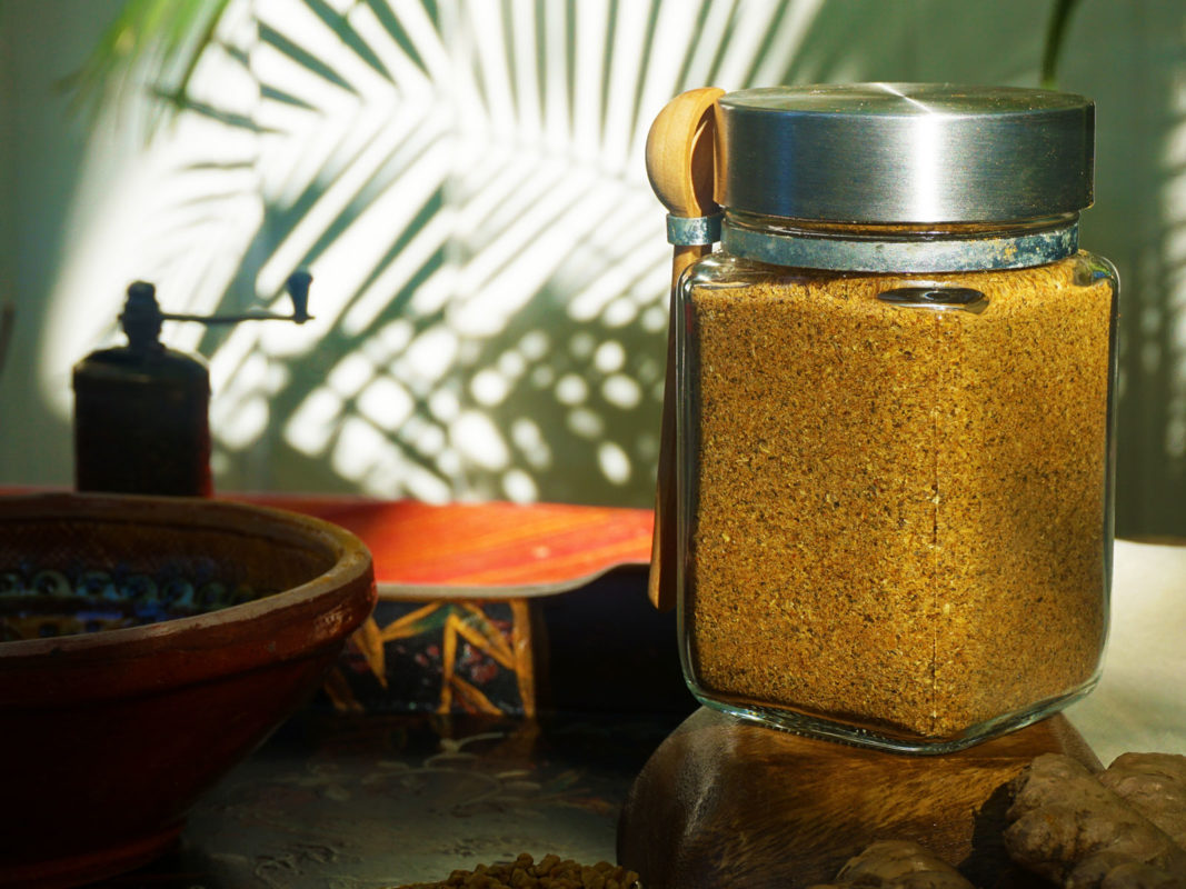 Positive pranic food seasoning - homemade sattvic curry spice mix